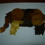 Слон из осенних листьев