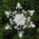 Снежинка в технике квиллинг