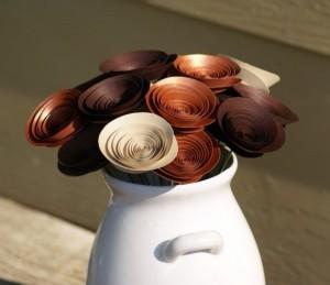 Букет из коричневых и бежевых цветов