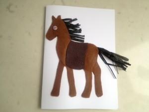 Открытка с лошадью готова