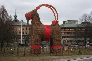 Шведская рождественская коза (2006 год)
